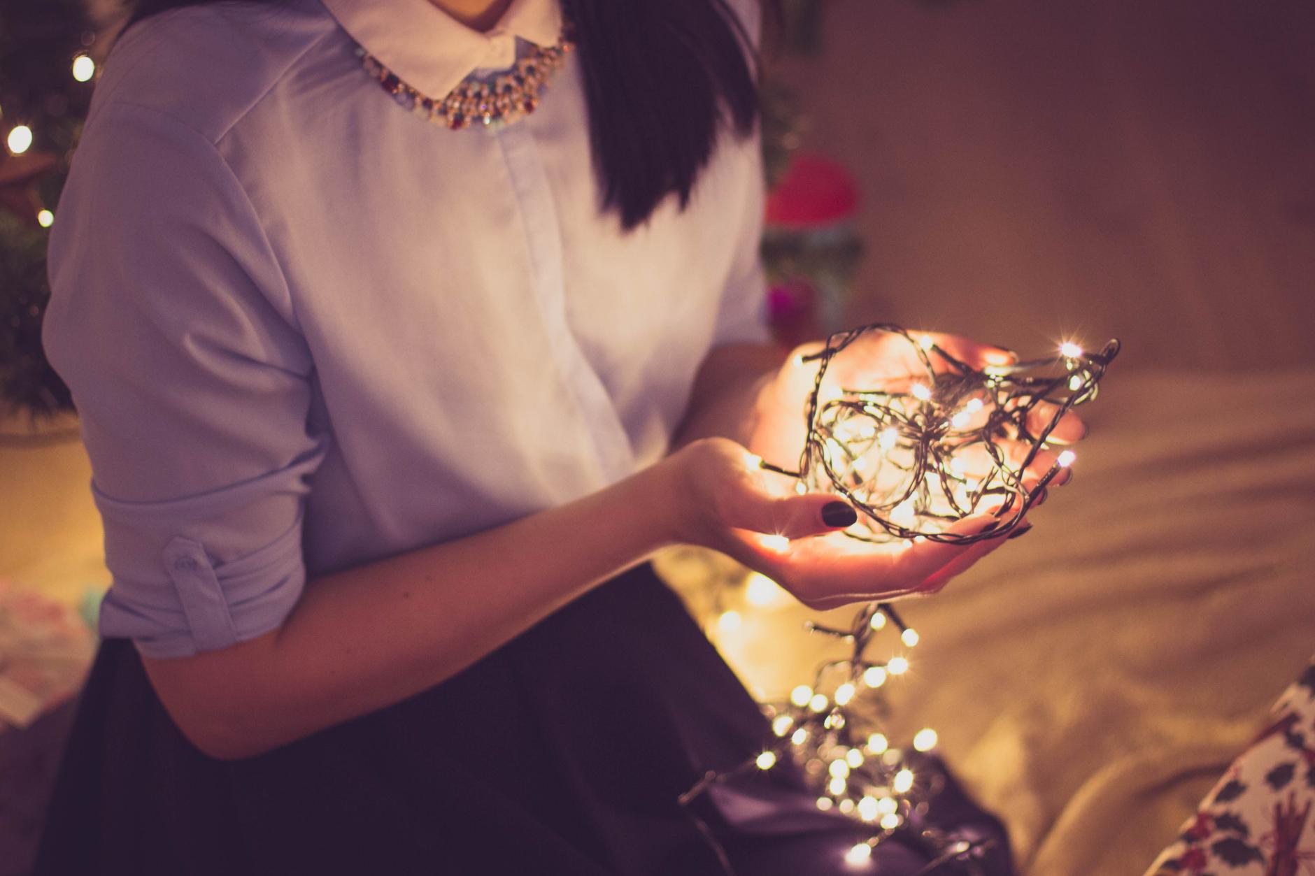 Vacances de Noël en temps de COVID-19:  comment aider son ado à gérer l'isolement